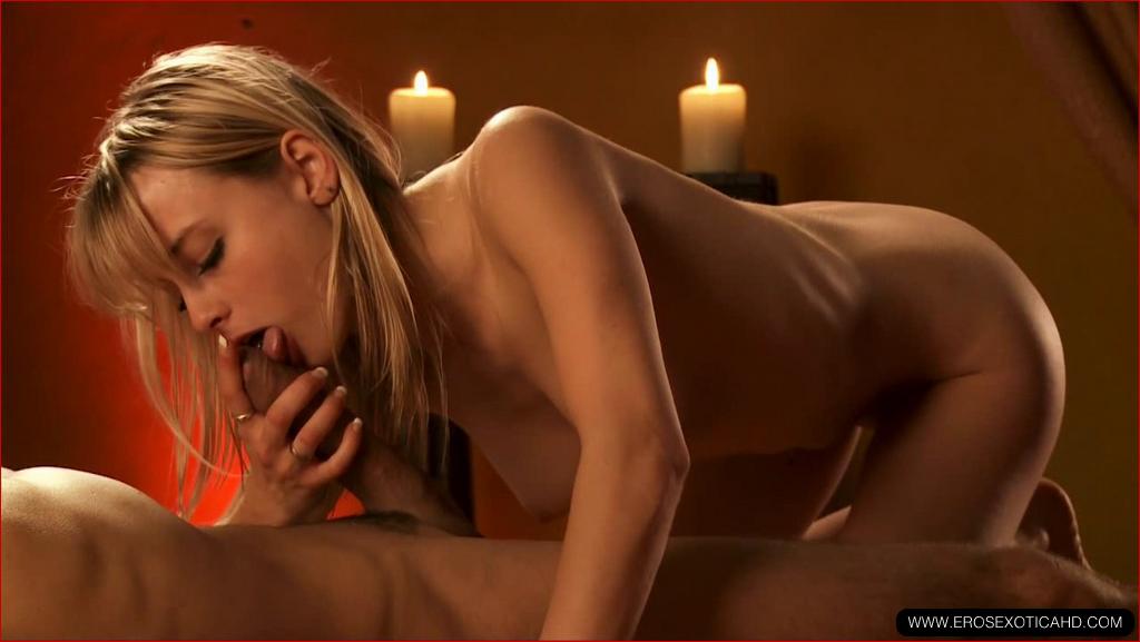 Онлайн порно фото эрос пальцы киске подборка
